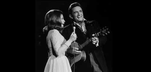 50 Lagu Country Terbaik Tentang Keluarga