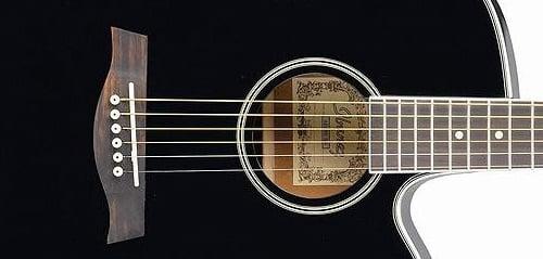 Gitar Akustik Elektrik Terbaik untuk Pemula